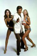 Roger-Moore-Bond-306299